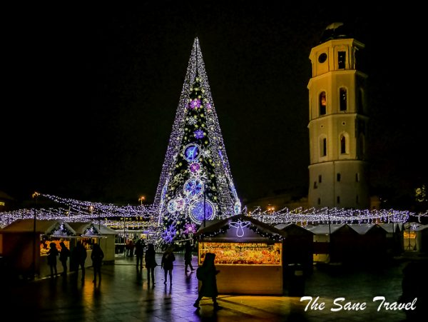 The Vilnius Christmas market continues in January in both the Cathedral Square and Town Hall Square