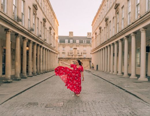 Looking for unusual things to do in Bath? I've got you covered! From non-snobby wine tasting to fake castles and stand-up paddleboarding, there is an unusual activity to suit everyone!