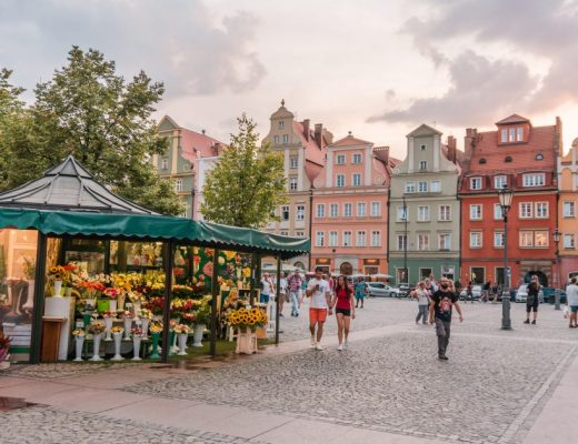 One of the best things to do in Wroclaw is explore the market square