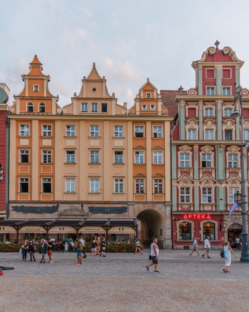 One of the top things to see in Wroclaw are the colourful facades