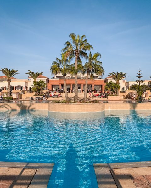 ROBINSON Club Agadir is the Agadir all inclusive resort with four pools, including two outdoor pools, one pool for children and an indoor adults-only pool. The outdoor pools are lined with palm trees and are surrounded by sun loungers and cabanas.