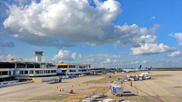 The main airport for arriving into the Dominican Republic is Las Americas, or Santo Domingo Airport.