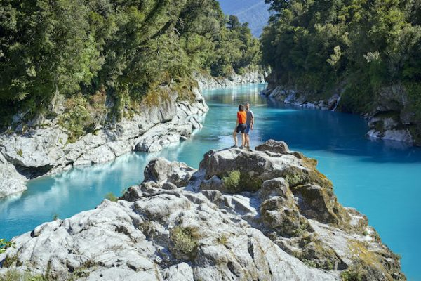 Hokitika Gorge is one of the most photogenic places in New Zealand! Make sure to add it to your South Island itinerary.