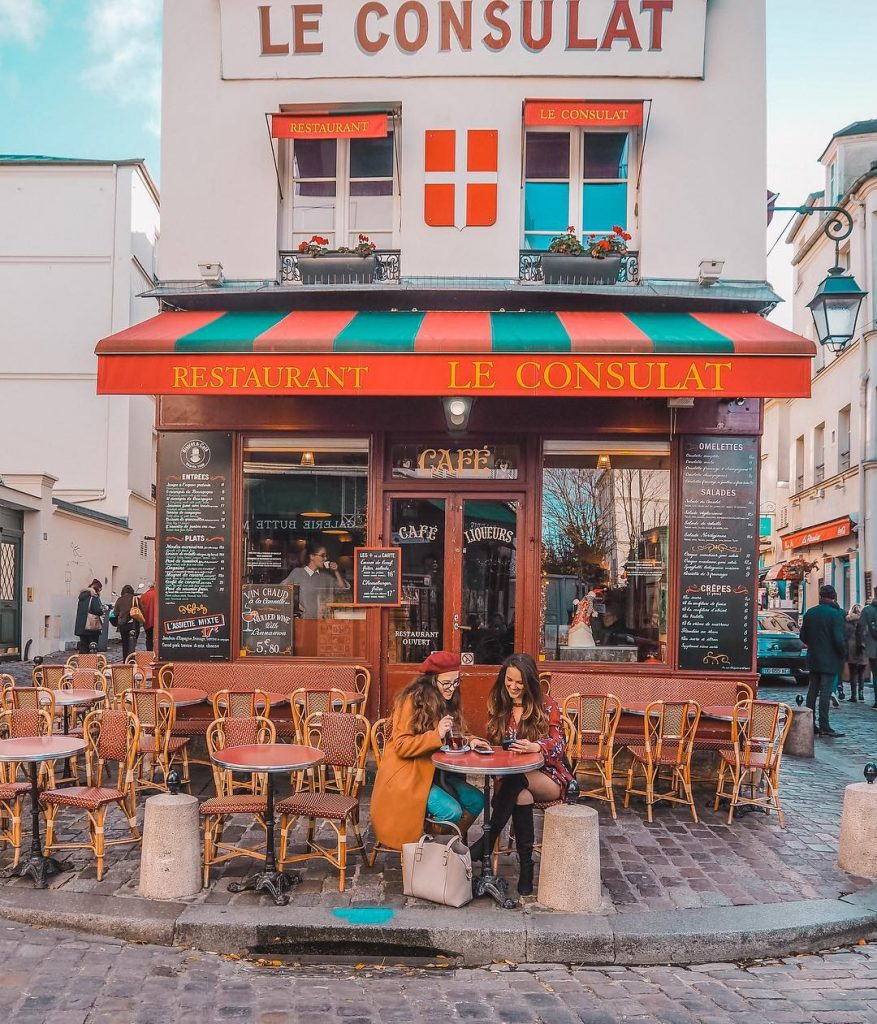 Le Consulat is an amazing photo location in Paris and also offers delicious mulled wine in winter!